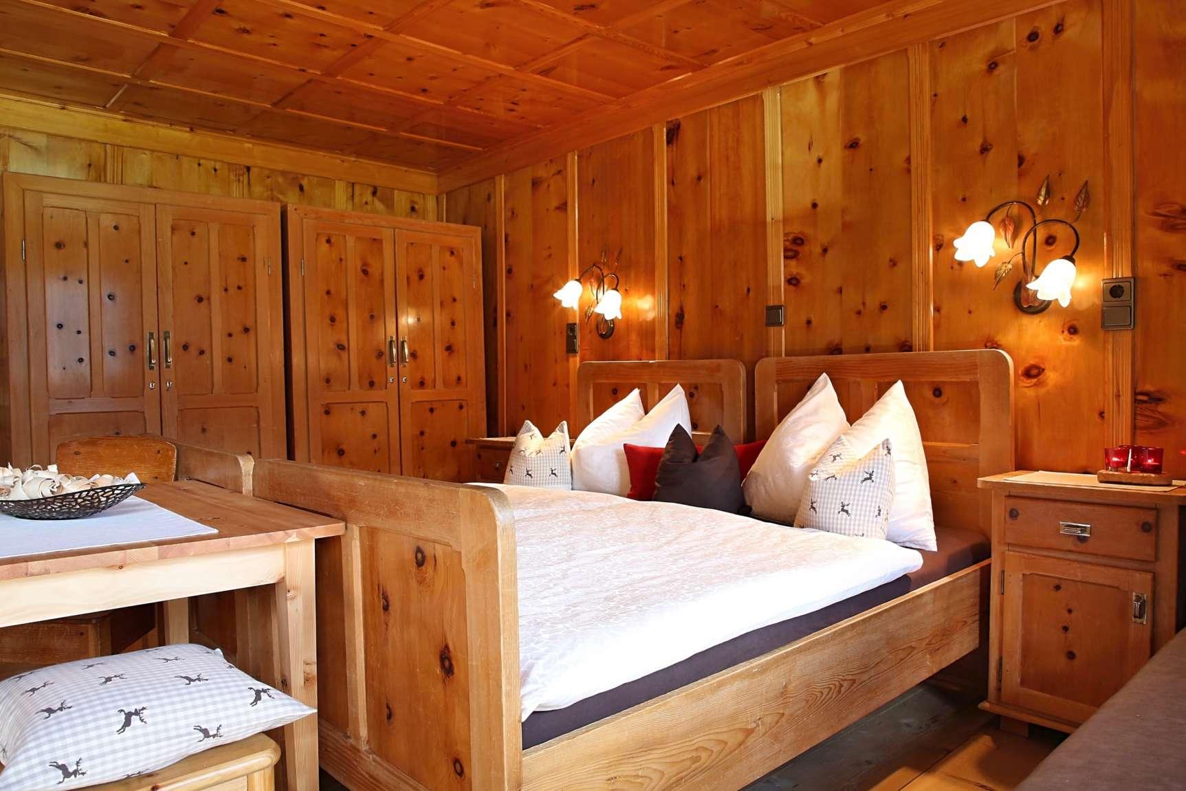 Zimmer Laerche 1